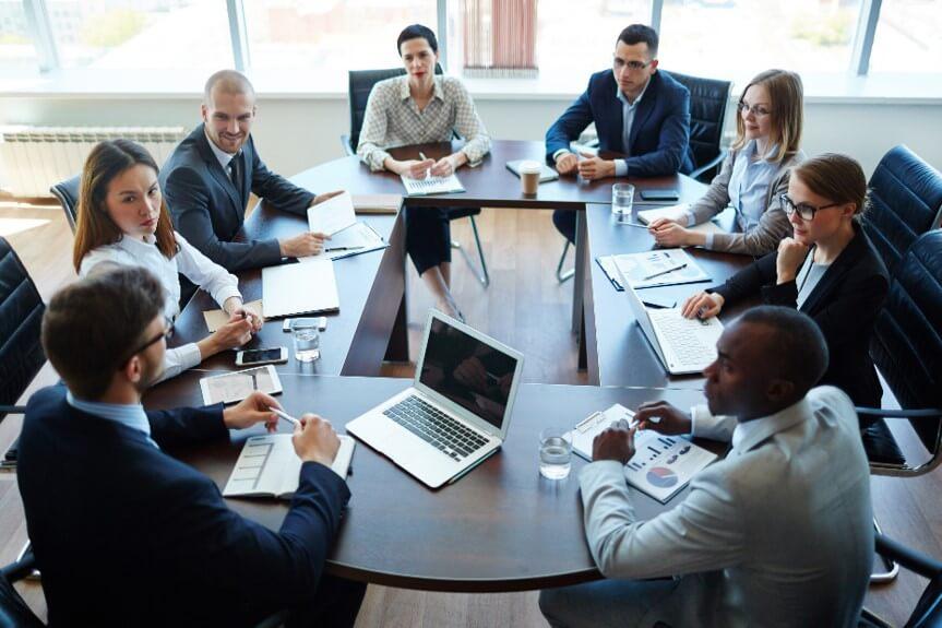 Reuniões produtivas: conheça o segredo de CEOs de referência mundial
